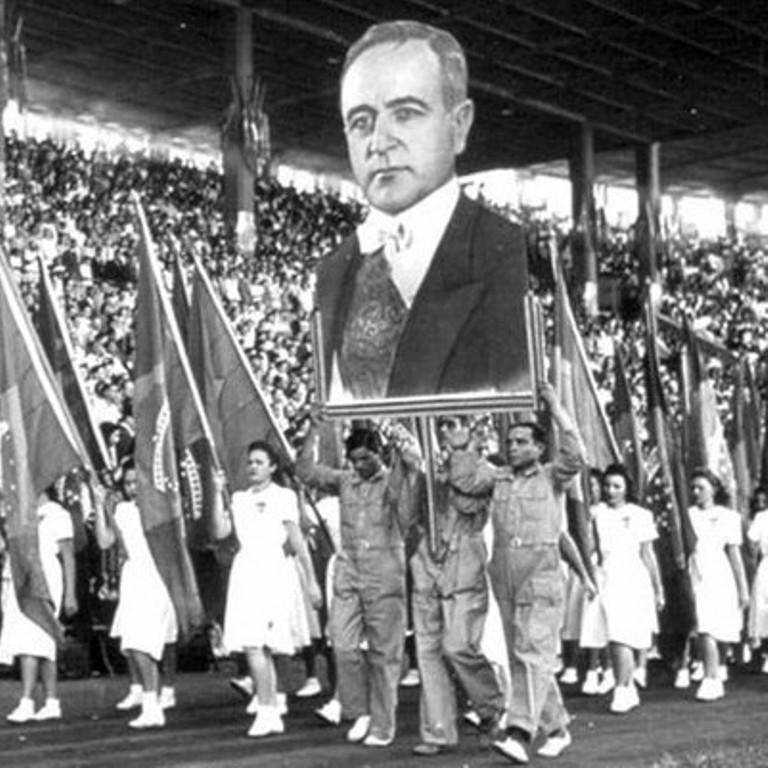 O politicismo vulgar não compreende que Getúlio Vargas construiu uma nação vargas